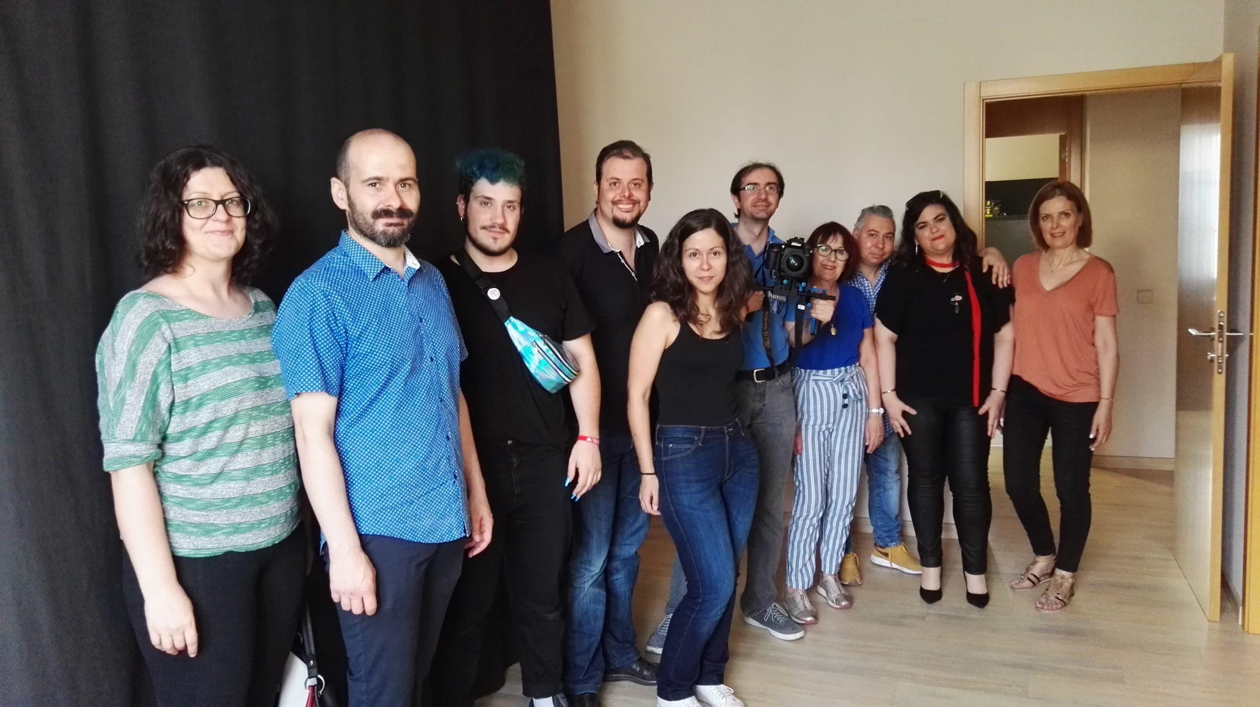 """La Escuela Municipal de Cine rueda, en las instalaciones del Diario Lanza, el corto de ficción """"Endivias"""""""